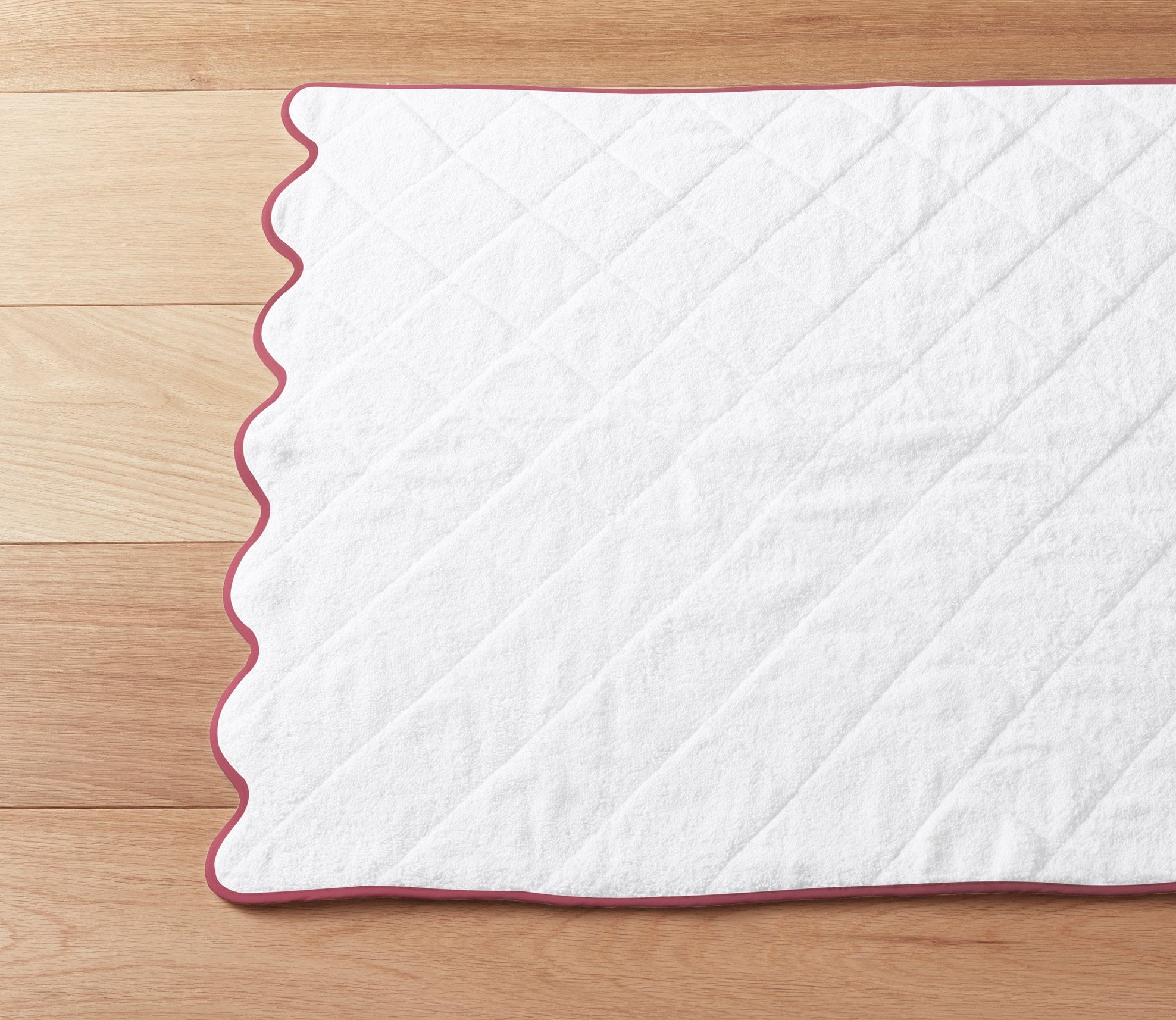Scallop Bath Mat Custom Trim Product Image 1