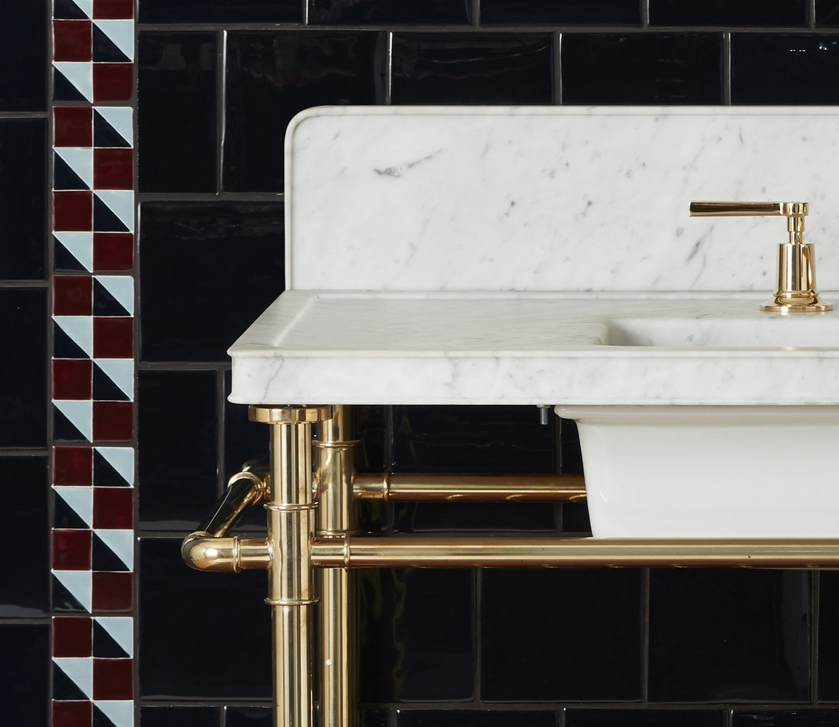 Moderna Washstand with Black Marble Product Image 3