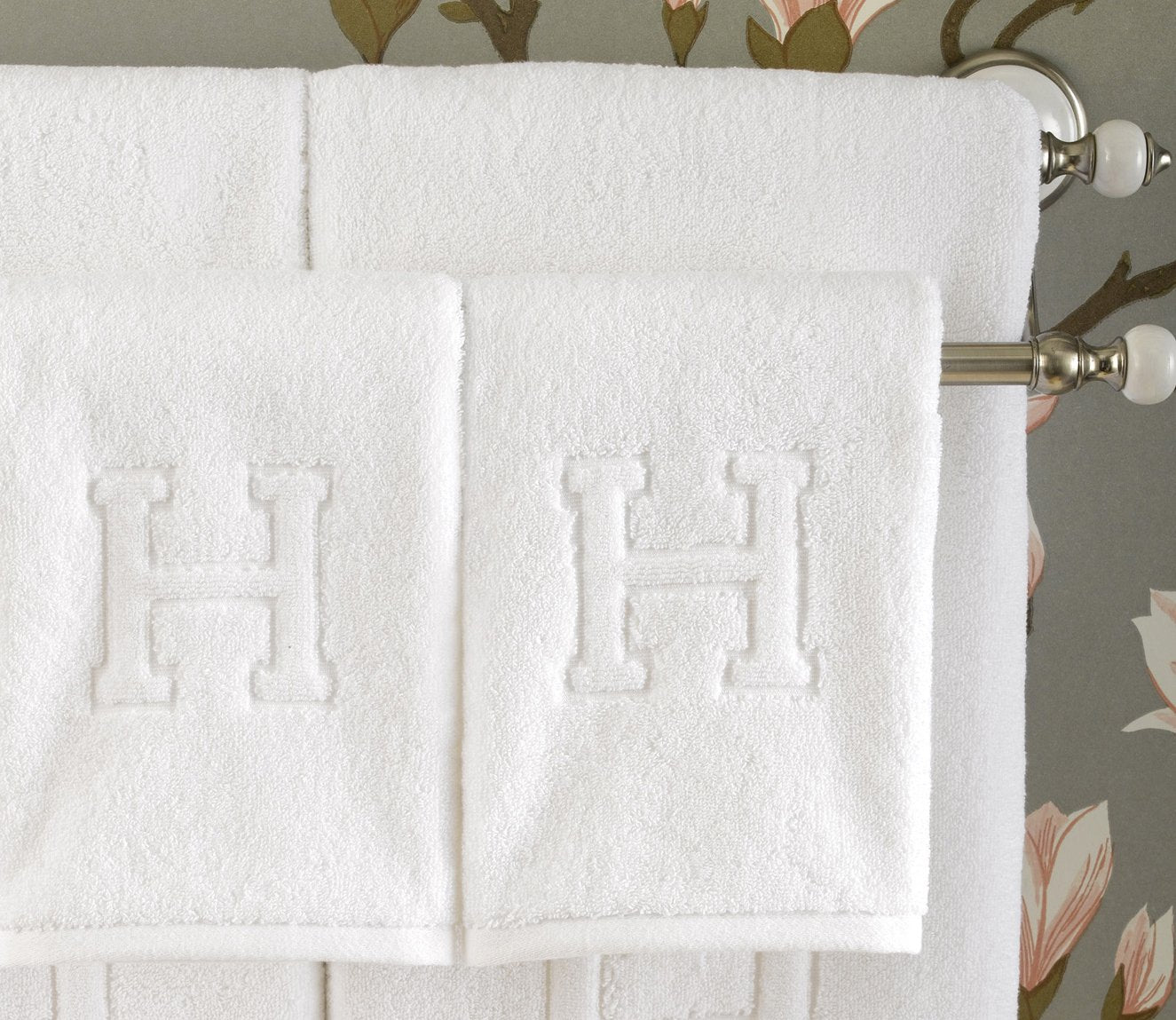 Auberge Hand Towel (Set of 4) Product Image 1