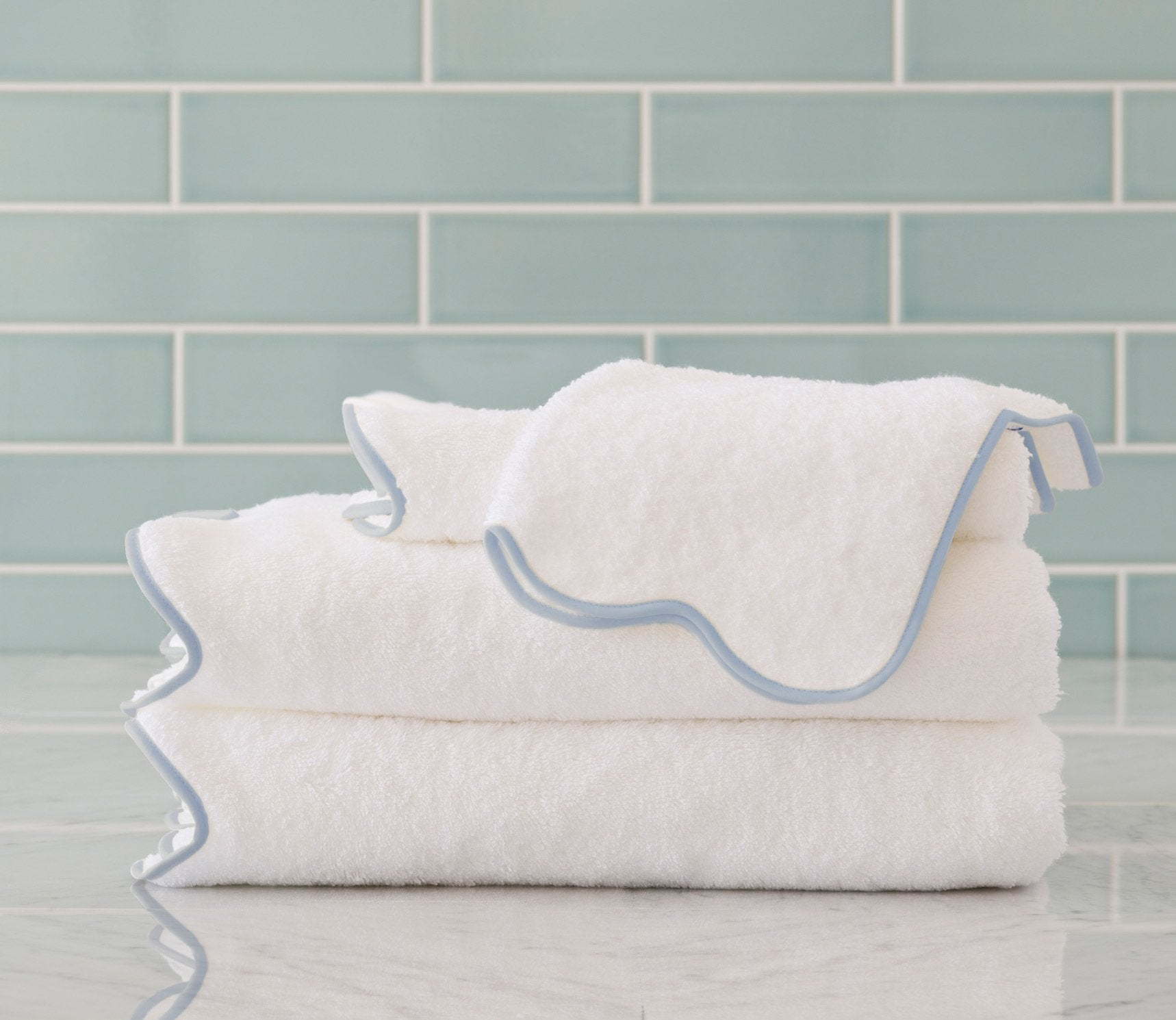 Scallop Bath Towels Custom Trim Product Image 1