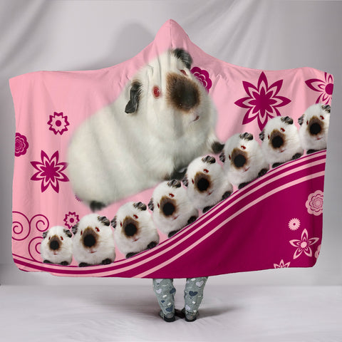 Cute Himalayan guinea pig Print Hooded Blanket