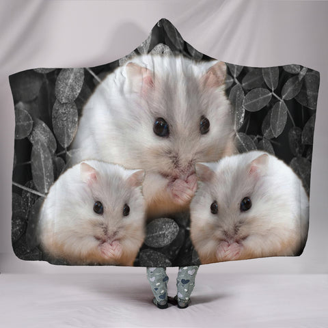 Lovely Chinese Hamster Print Hooded Blanket