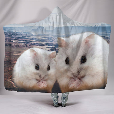 Chinese Hamster Print Hooded Blanket