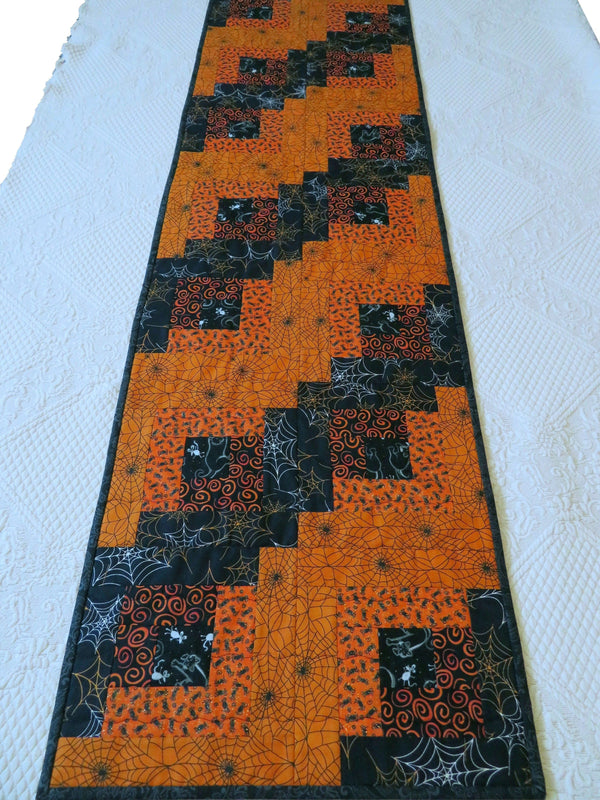 Quilted Table Runner Halloween Large