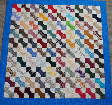 Scrappy Bows Finished Twin Quilt