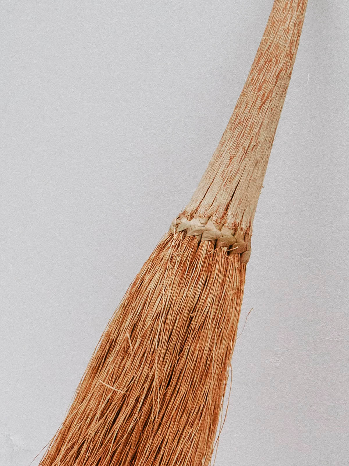 XAÏ-XAÏ HAND BROOM - Celestial - CELESTIAL - Sourced from artists in Europe, Asia and Africa, these limited edition pieces inspire a life of simplicity and style.