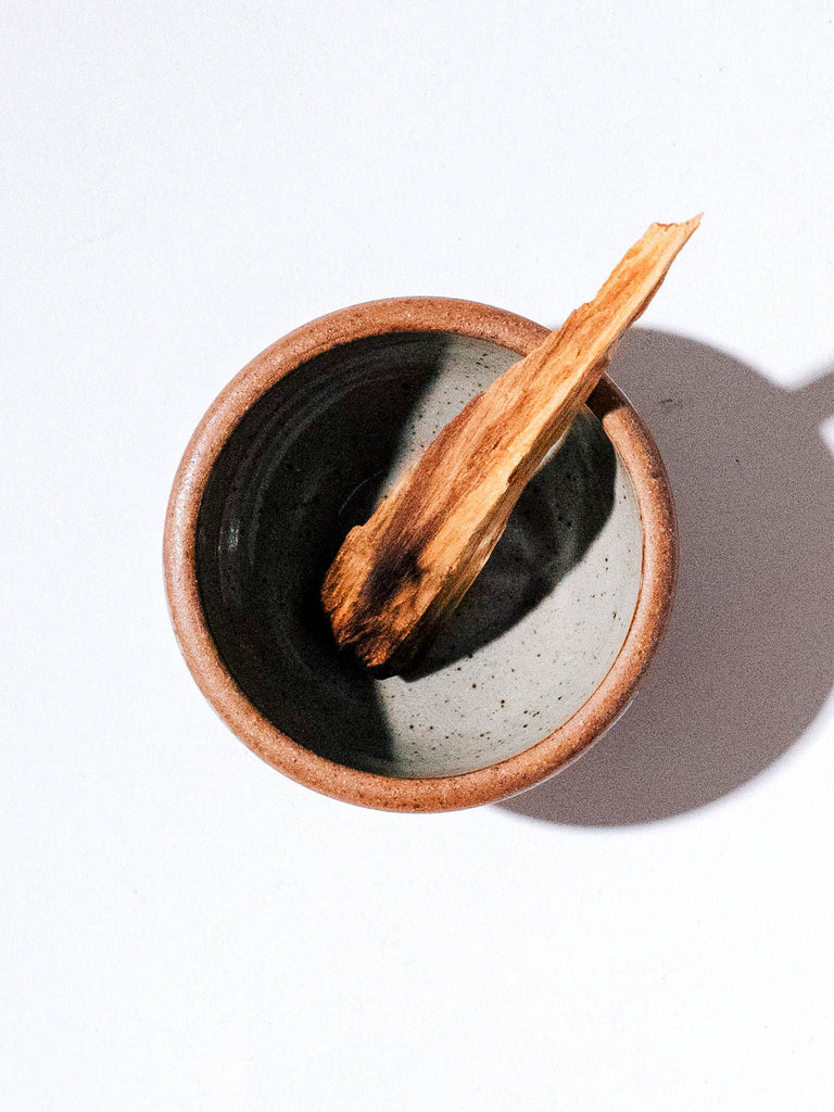 STONEWARE CLAY SMUDGE BOWL - Incausa - CELESTIAL - Sourced from artists in Europe, Asia and Africa, these limited edition pieces inspire a life of simplicity and style.