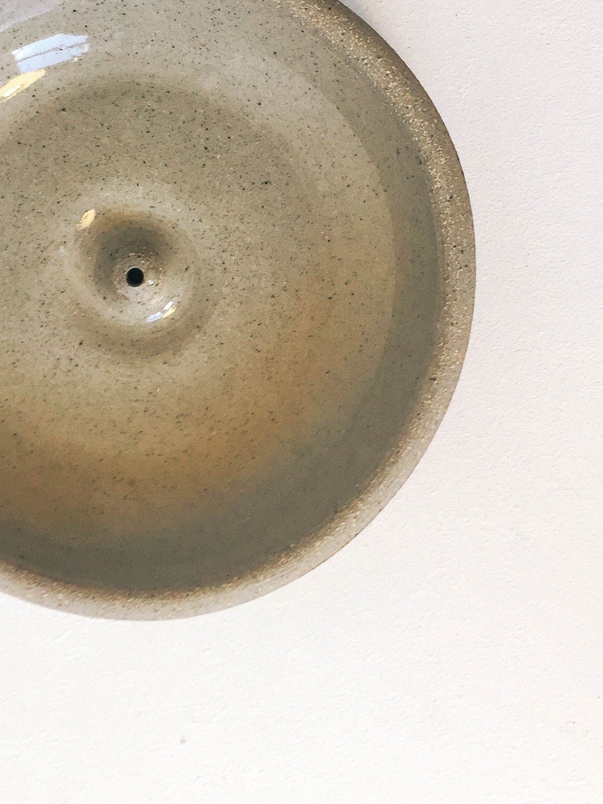 STONEWARE CLAY INCENSE HOLDER - Incausa - CELESTIAL - Sourced from artists in Europe, Asia and Africa, these limited edition pieces inspire a life of simplicity and style.
