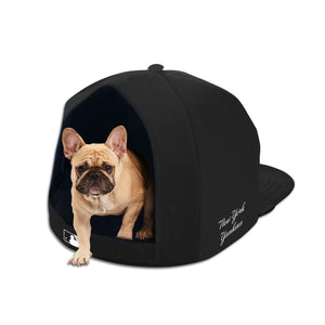 New York Yankees Noir Nap Cap Plush Dog Bed