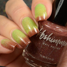 KBShimmer Tri-Thermal Nail Polish (Apple-y Ever After)