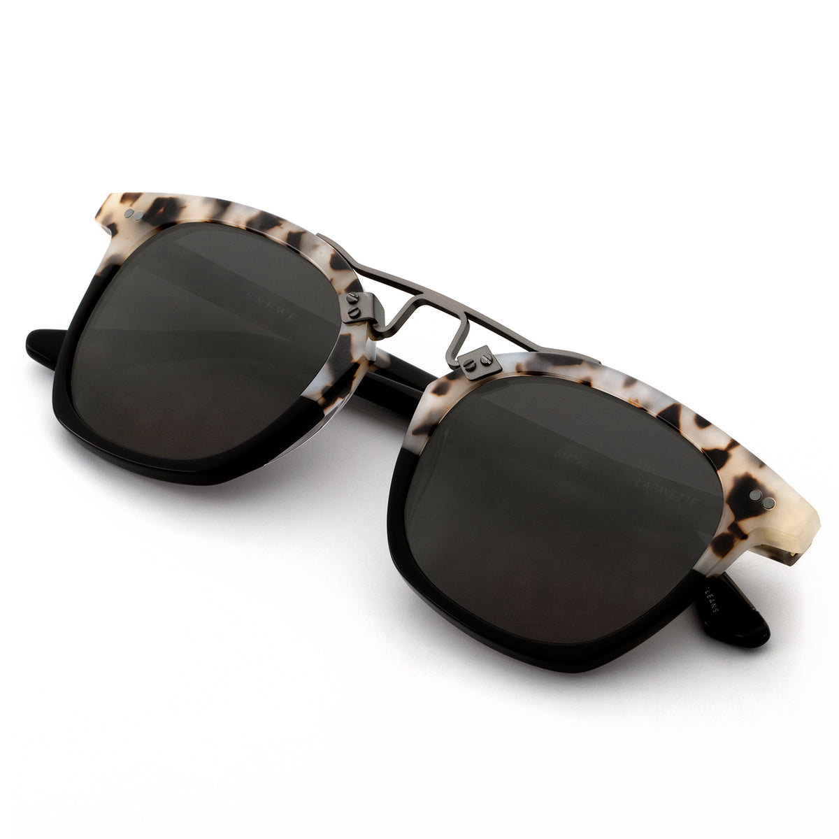 LAFAYETTE | Oyster to Black handcrafted acetate sunglasses