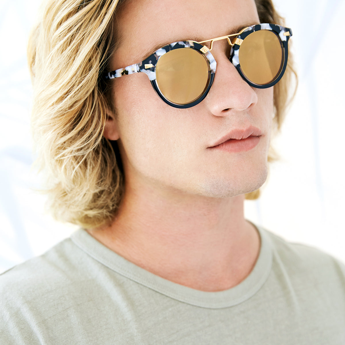 STL II | Interstellar to Black Crystal 24K - round Sunglasses handcrafted from acetate featuring 24K gold hardware. | Mens