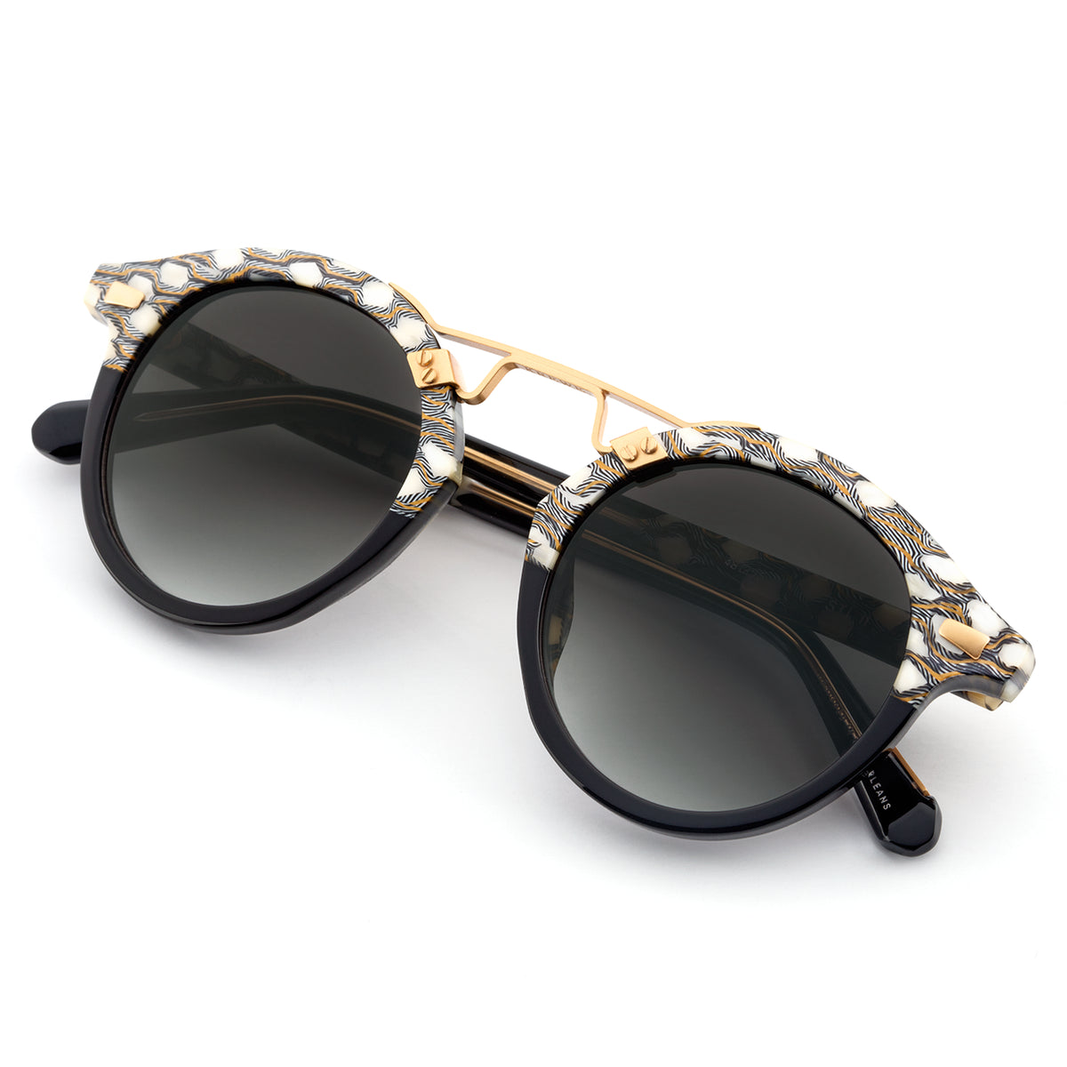 STL II | Stella to Black 24K - round Sunglasses handcrafted from acetate featuring 24K gold hardware.