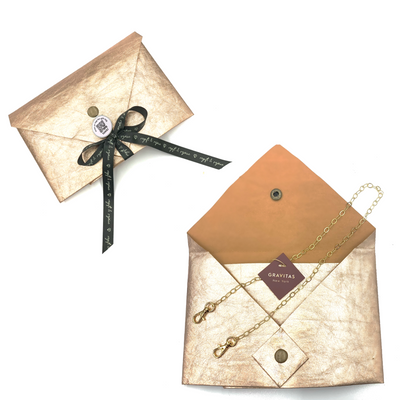 Tokki x Gravitas Holiday Bundle: Mask Chain + Reusable Envelope