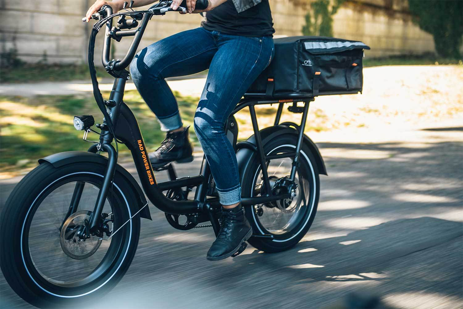 RadRunner e-bike ridden by delivery person