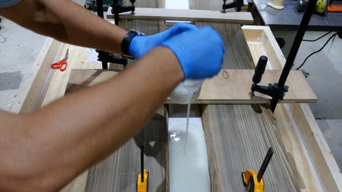 Tips on Pouring Epoxy Resin – Chicago Fabrications