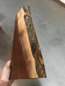 Walnut live edge (fully finished)