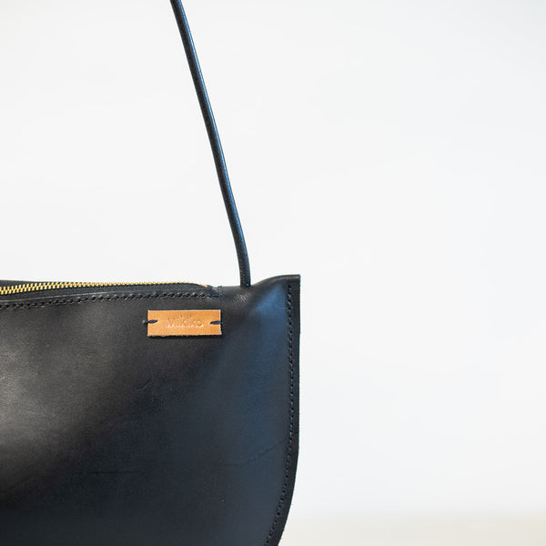 Large Crescent Should Bag in Black Leather