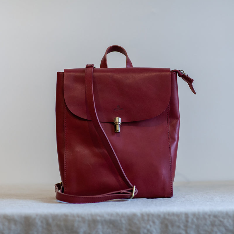 Voyage Classic Backpack - Red
