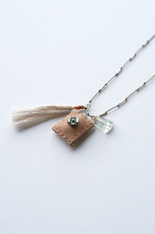 Little flower charm Necklace