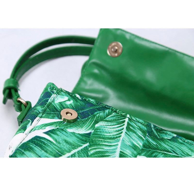 Girls Banana Leaf Purse - Cocus Pocus