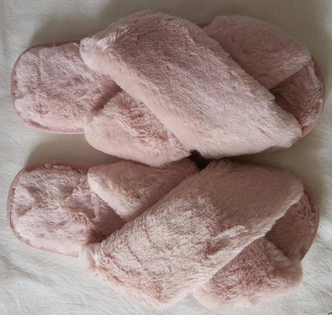 Faux-Fur Slipper Slides - Cocus Pocus