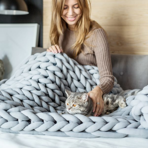 Chunky Knit Blanket - Cocus Pocus
