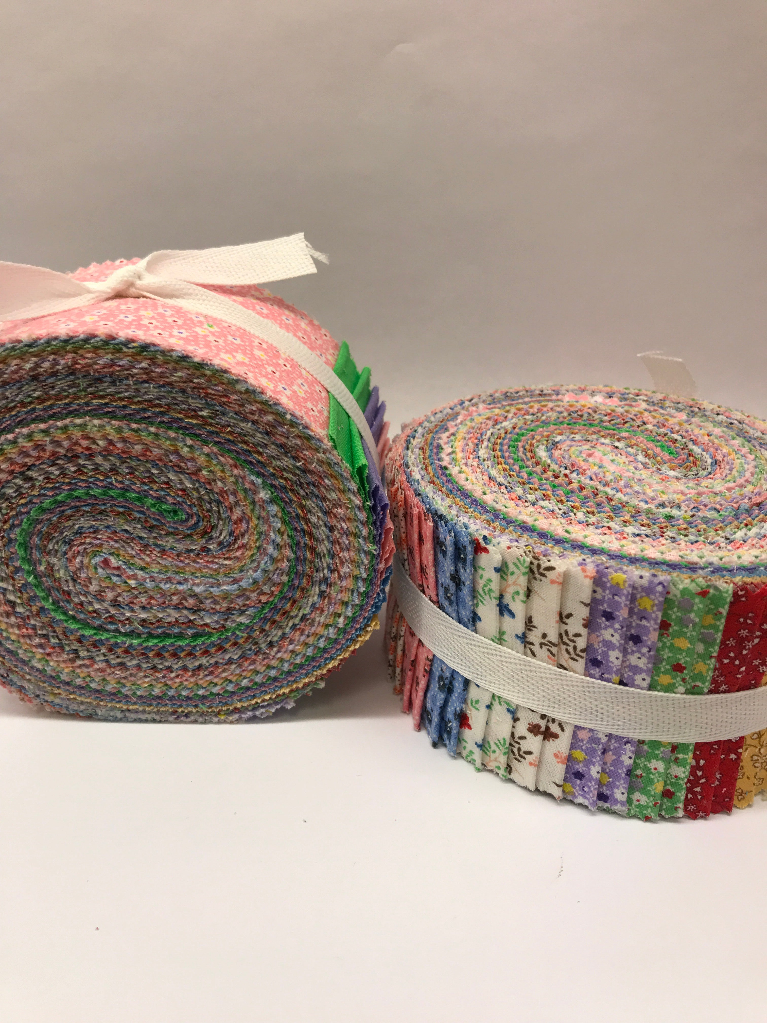 Vintage Minatures Spiral Jelly Rolls - ST-JELY-ROL1