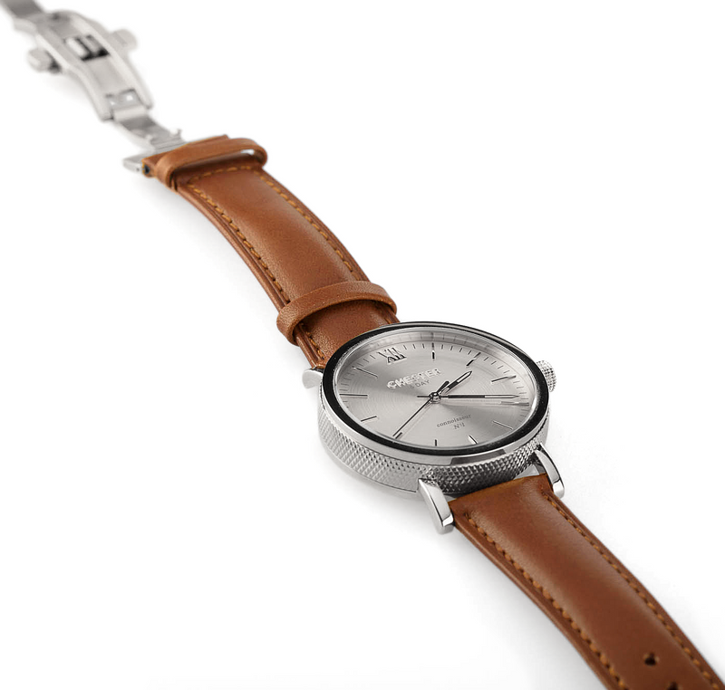 connoisseur steel + cognac brown strap