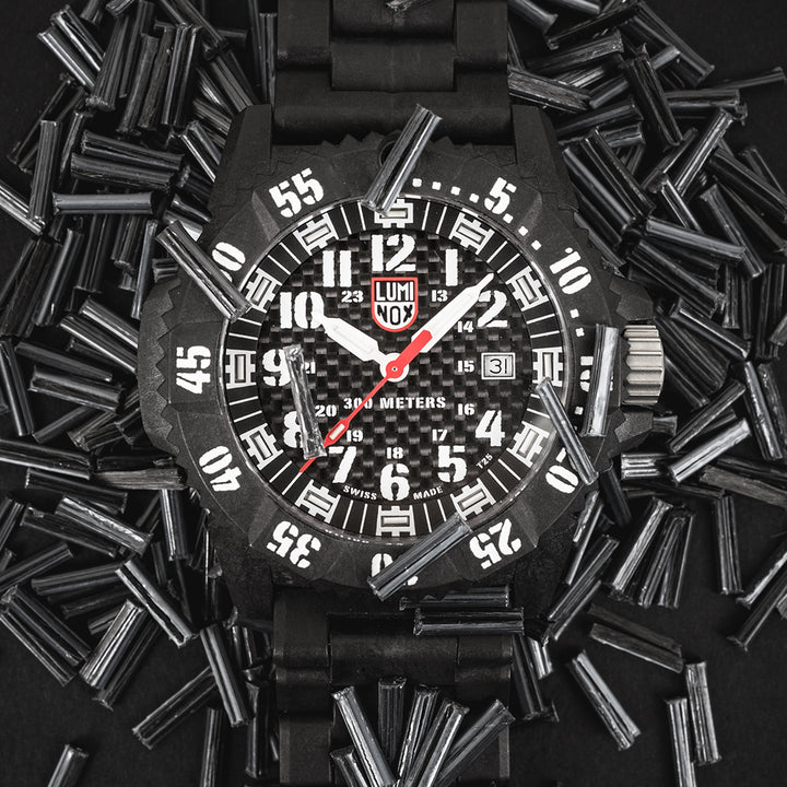 Luminox Master Carbon SEAL 3800 Series: About CARBONOX™+