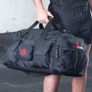 king-kong-bag-crossfit-gym-bag-black-athlete-front