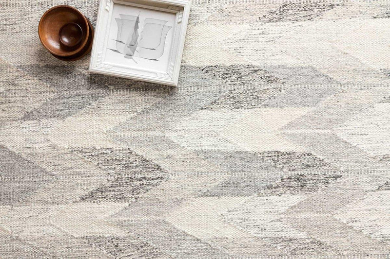 Evelina in Pewter / Silver - Modern Rugs LA