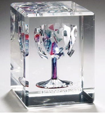 CRUSHED WEDDING GLASS LUCITE CUBE Special Services - Mitzvahland.com All your Judaica Needs!
