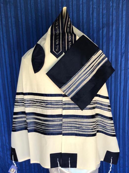 Elegant Blue Wave Wool Tallit