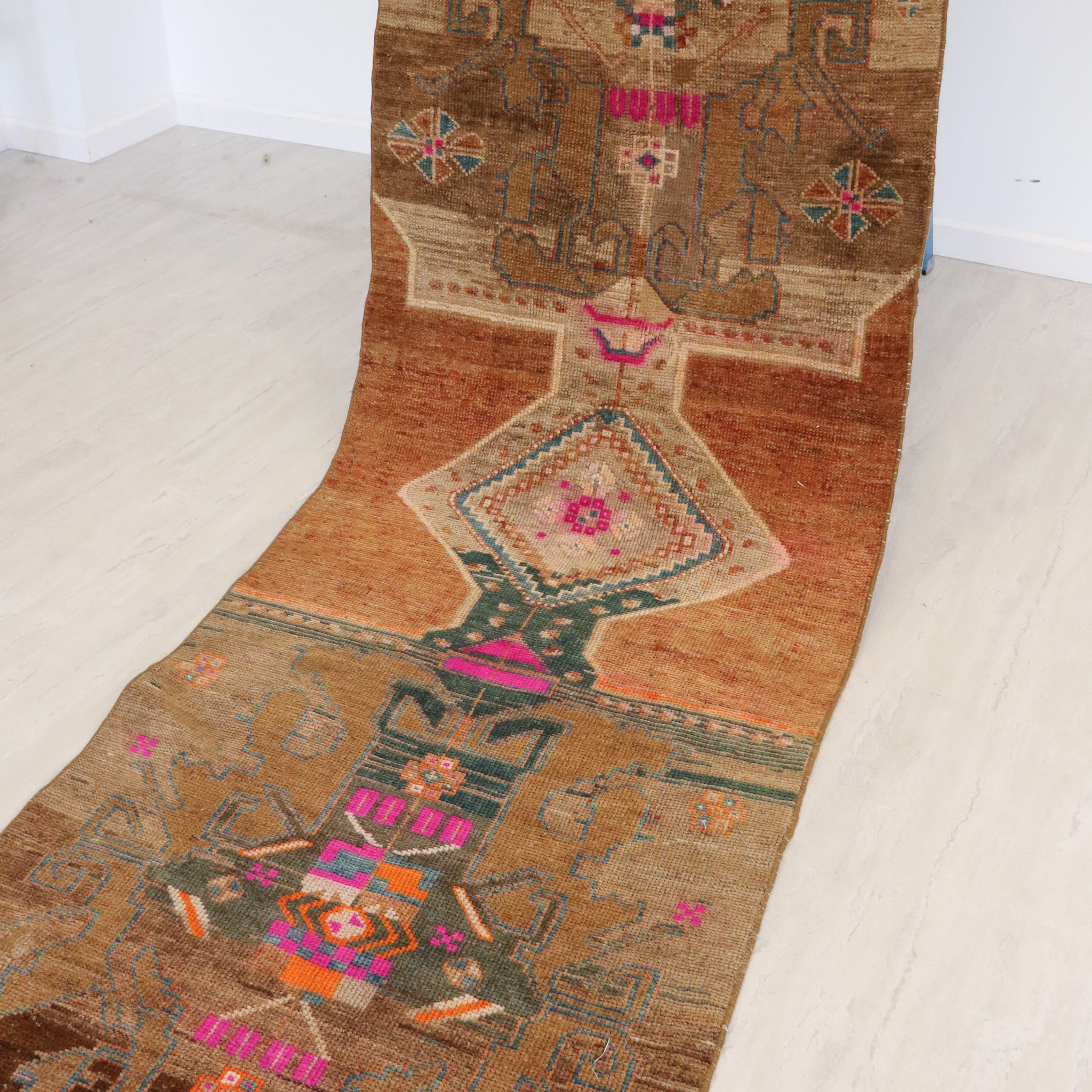 ON HOLD 1000 Derya 2'9x11'6 Handwoven Vintage Rug