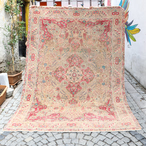 ON HOLD NOT AVAILABLE 1043 Kübra 6'9x9'9 Handwoven Vintage Rug