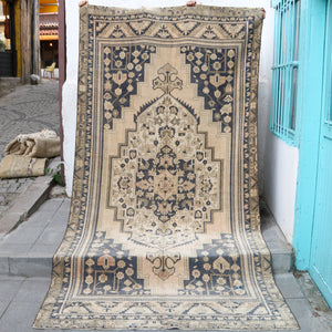 ON HOLD NOT AVAILABLE 1098 Elanur 5'2x10'2 Handwoven Vintage Rug