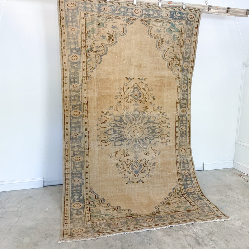 ON HOLD 10 Handwoven Vintage Rug 5'7x9'6