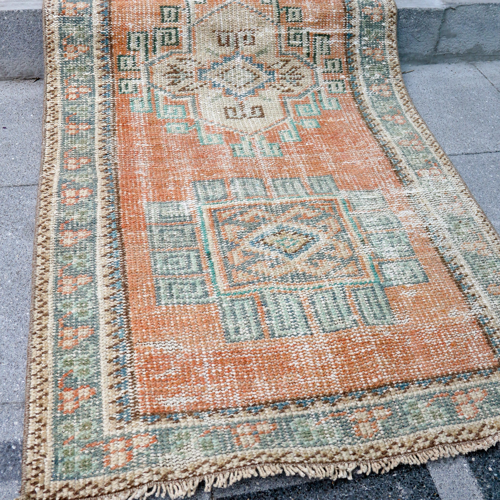 ON HOLD 1152 Büsra 2'6x11 Handwoven Vintage Rug