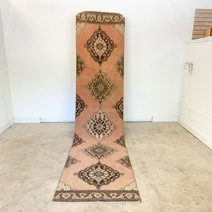 ON HOLD WYN 1902 Handwoven Vintage Rug 2'10x12'10