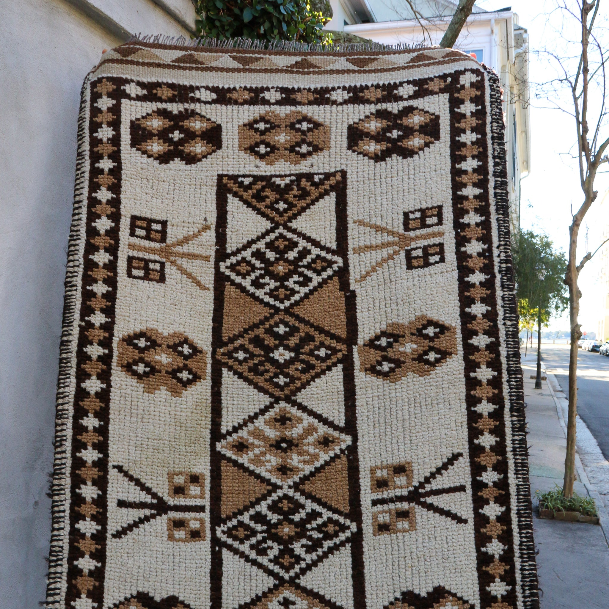 ON HOLD 2191 Aylin 2'10x12'6 Handwoven Vintage Rug
