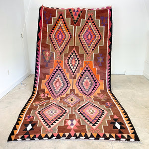 ON HOLD LRL 2610 Handwoven Vintage Rug 5'10x11'4