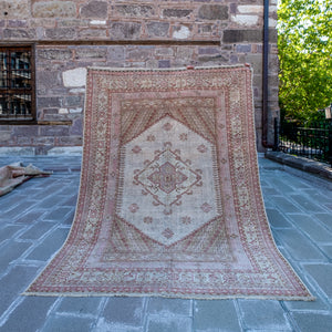 ON HOLD 2723 Handwoven Vintage Rug 6'10x9