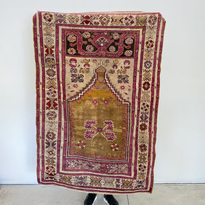 506 Handwoven Antique Rug 3'5x5'6