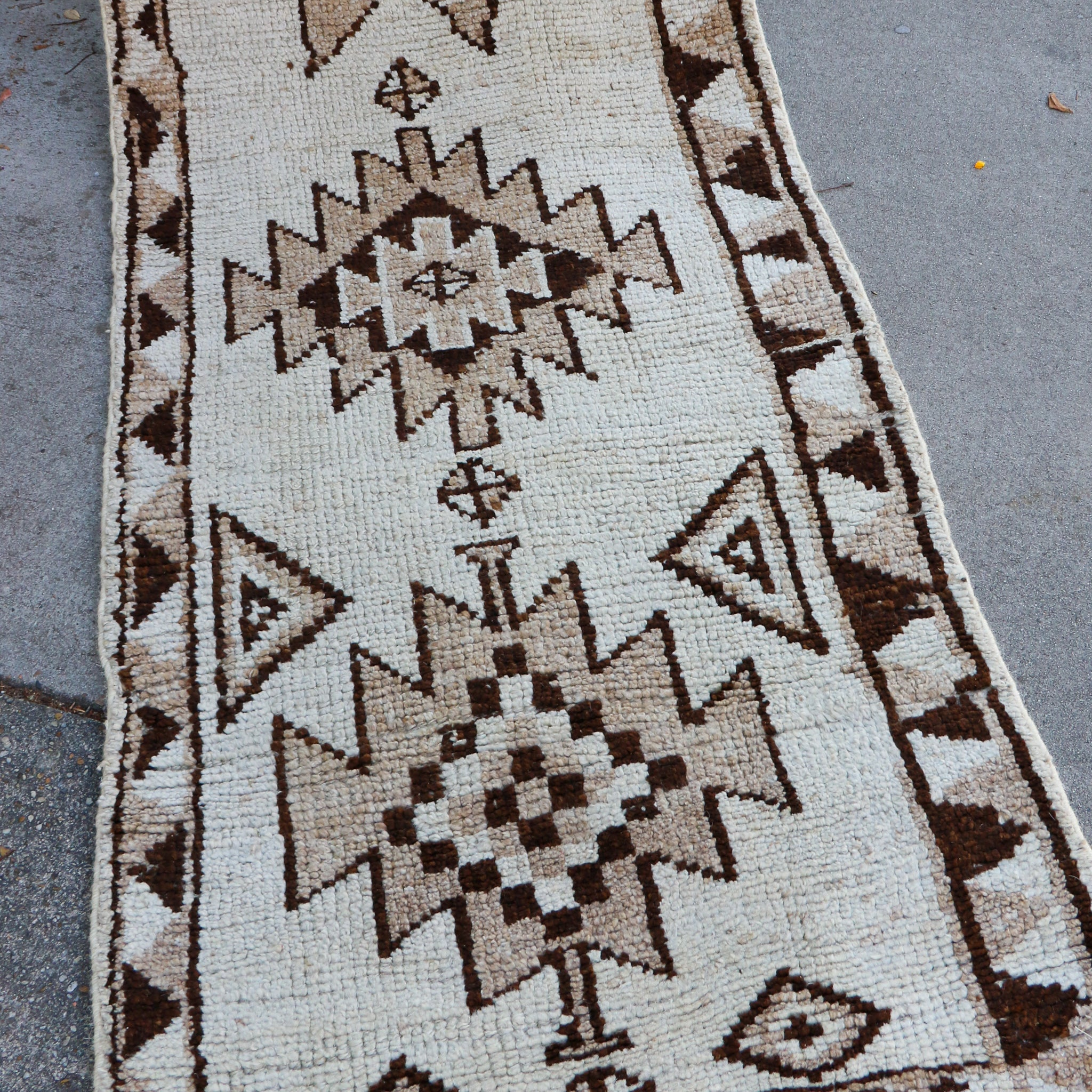 ON HOLD 2199 Fusun 2'6x10'6 Handwoven Vintage Rug