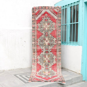 ON HOLD NOT AVAILABLE 1536 Aylin 2'8x8'7 Handwoven Vintage Rug