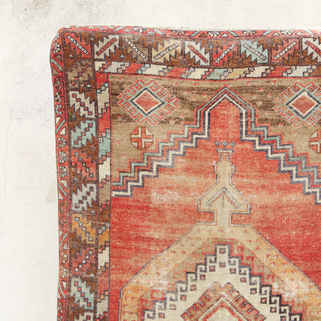 CURRENTLY ON HOLD/NOT AVAILABLE FOR PURCHASE 455 3'5x5'9 Handwoven Vintage Rug