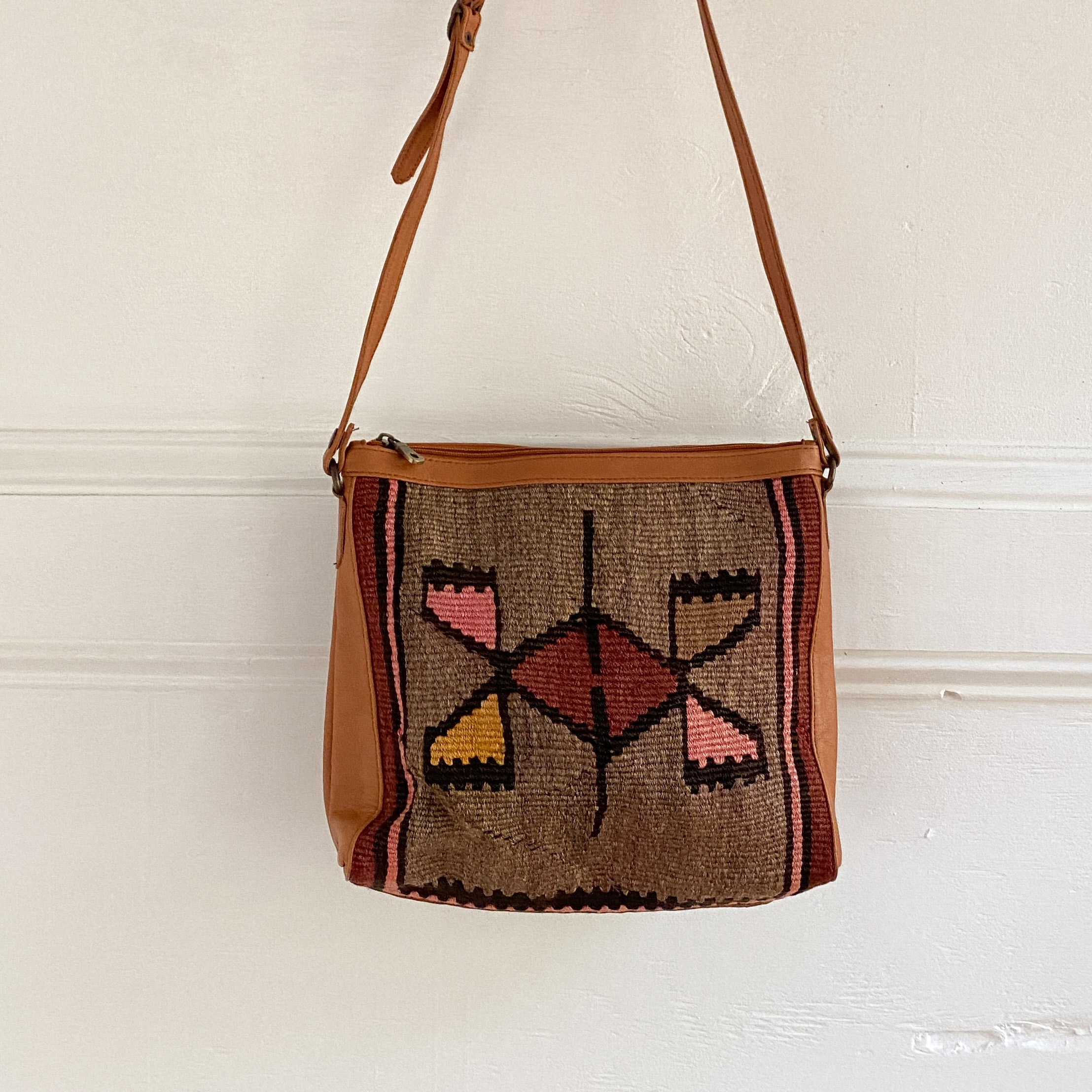 Kilim & Leather Crossbody / Pocketbook #37
