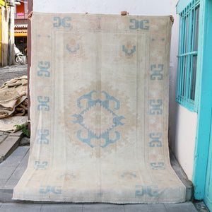 ON HOLD NOT AVAILABLE 1089 Dilay 5'7x8'8 Handwoven Vintage Rug