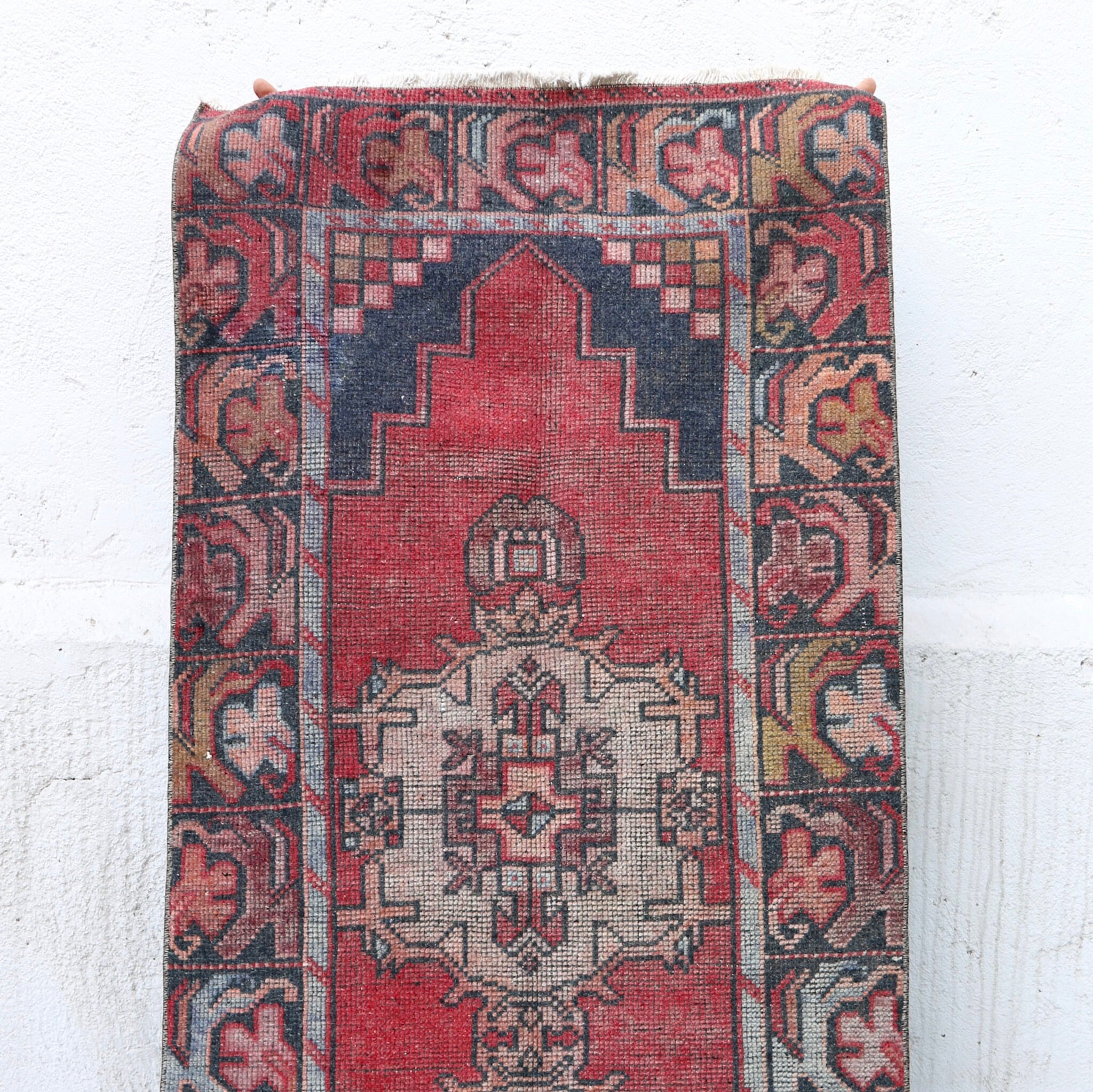 ON HOLD 1195 Canan 2'7x9'7 Handwoven Vintage Rug